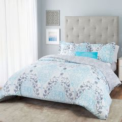 Nicole Miller Emma Reversible Comforter Set,