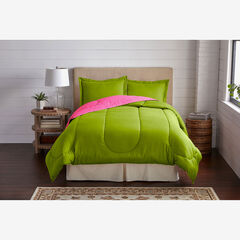 BH Studio Reversible Comforter, FUCHSIA GREEN APPLE