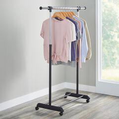 Portable Garment Rack with Extendable Bar,