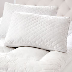 Small Diamond Quilted Pillow,