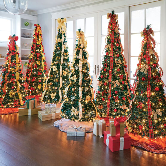 new concept 15a32 e3616 Flat-To-Fabulous Fully Decorated Pre-Lit 7½' Christmas Tree
