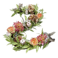 Soft Romance Vintage-Look Garland,