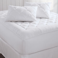 Magic Cloud Mattress Pad & 2-Pack Pillows,