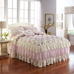 Alexis Bedspread Collection,