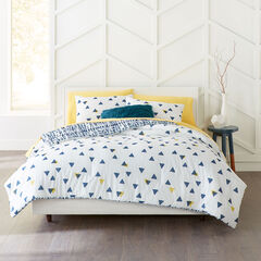 BrylaneHome® Studio Dylan Triangle Comforter,
