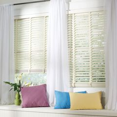 Faux Wood Cordless Blinds,