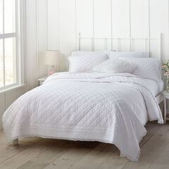 Lillian Lace Quilt Collection,