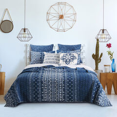 Embry Quilt Set ,