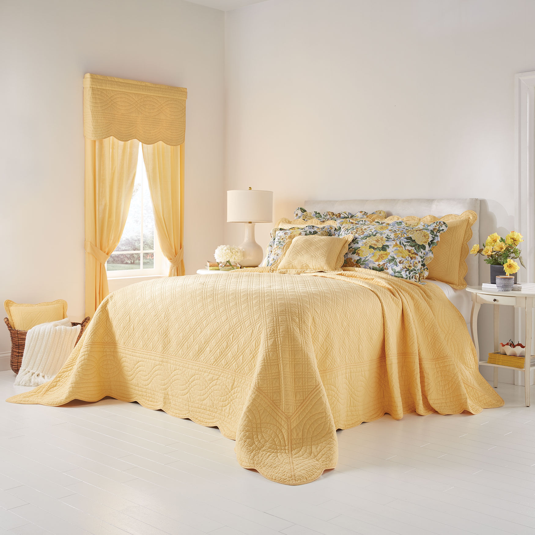 Full Blue Yellow Floral BrylaneHome Claudine Floral Printed Bedspread
