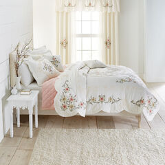 Ava Oversized Embroidered Cotton Quilt, IVORY