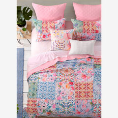 Joanna's Garden Quilt Set by Greenland Home Fashions,