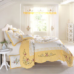 Ava Oversized Embroidered Cotton Quilt, DANDELION YELLOW