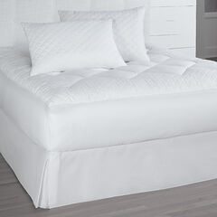 Isabella Mattress Pad and Pillows,