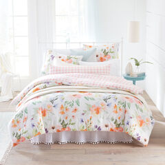 Lily Watercolor Floral Comforter,