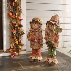Scarecrow Couple,