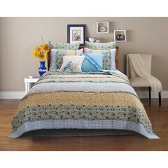 Ditsy Ruffle Quilt Set by Barefoot Bungalow,