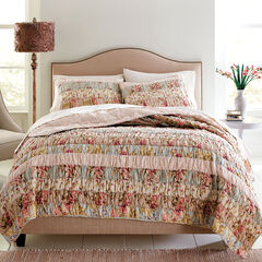 Zoey Pieced Quilt Collection,