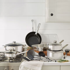 18-Pc. Belly Shaped 18/10 Stainless Steel Cookware Set,
