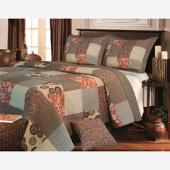 Stella Quilt Set by Greenland Home Fashions, BROWN