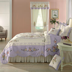 Ava Oversized Embroidered Cotton Quilt, LILAC