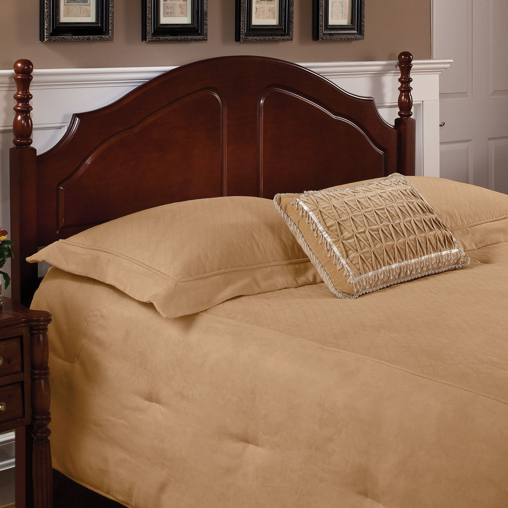 Twin Headboard with Headboard Frame, 63½'Lx39¼'Wx43'H, CHERRY