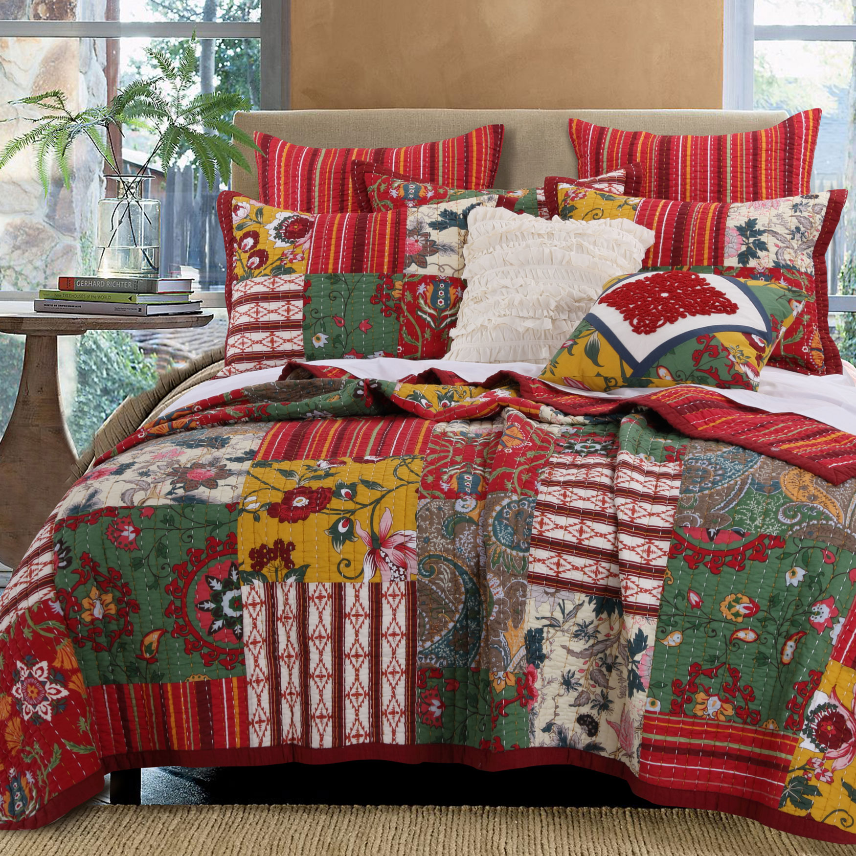 Arcadia Quilt Set by Greenland Home Fashions,