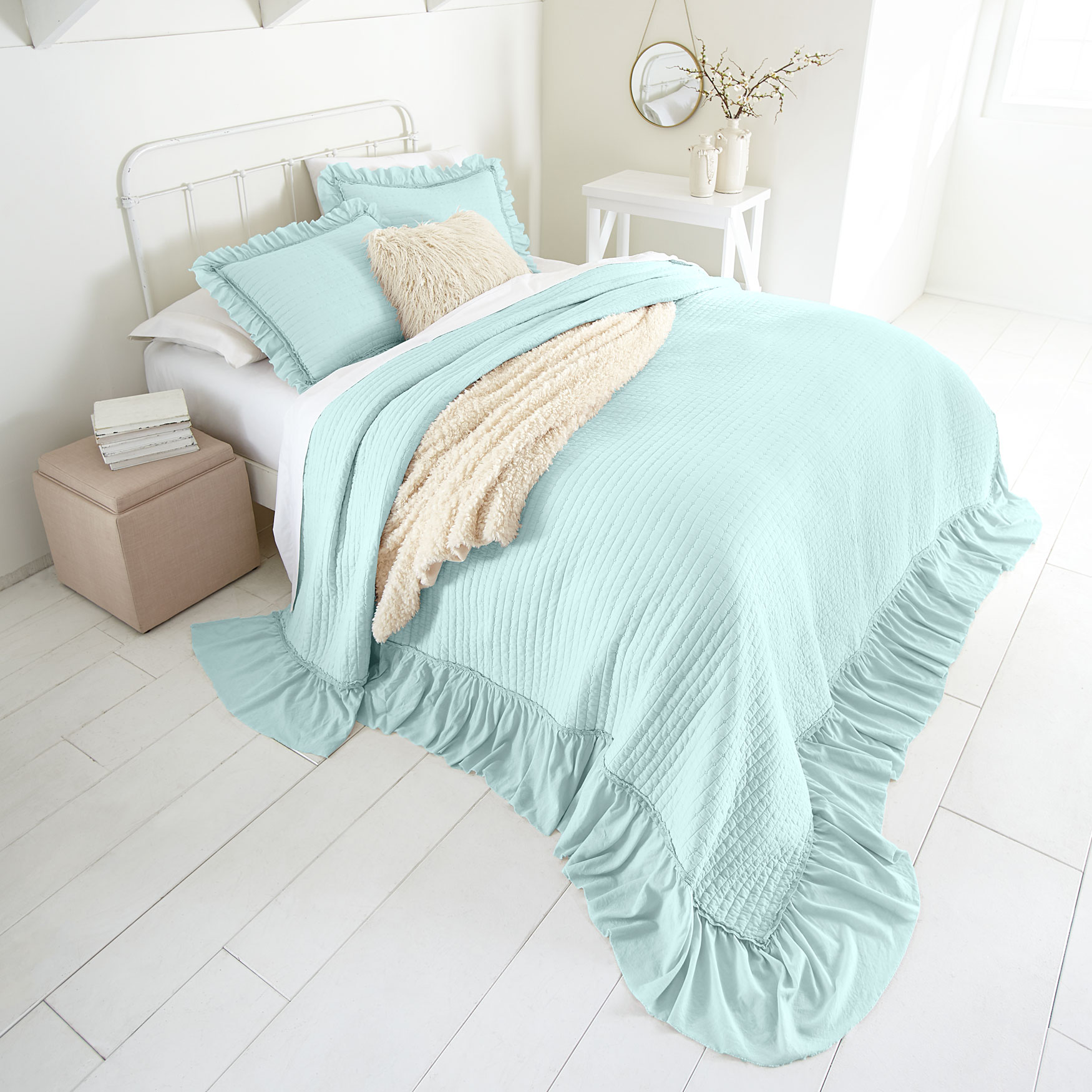 Madeline Ruffle Bedspread Collection,