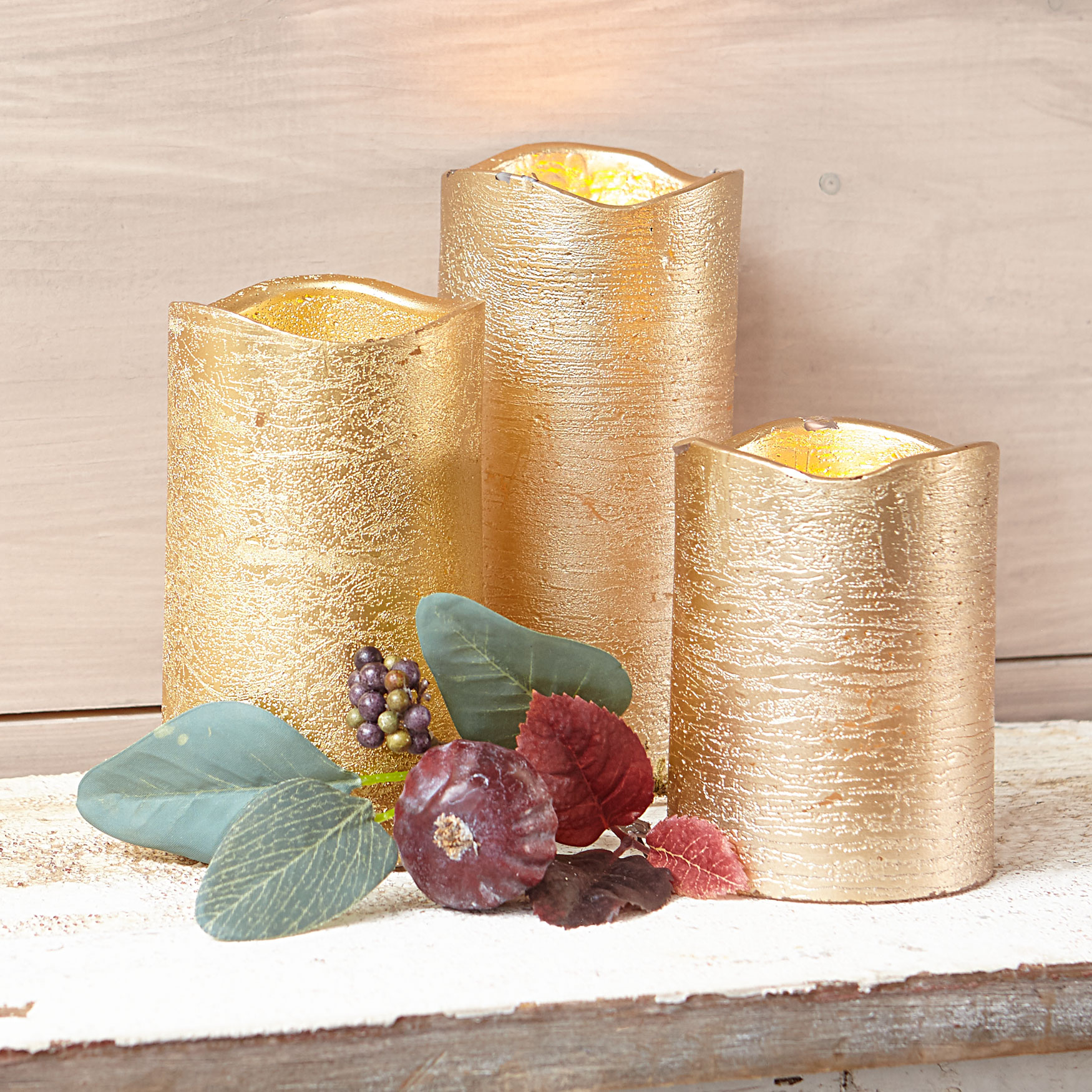 Set of 3 Gold Candles, GOLD