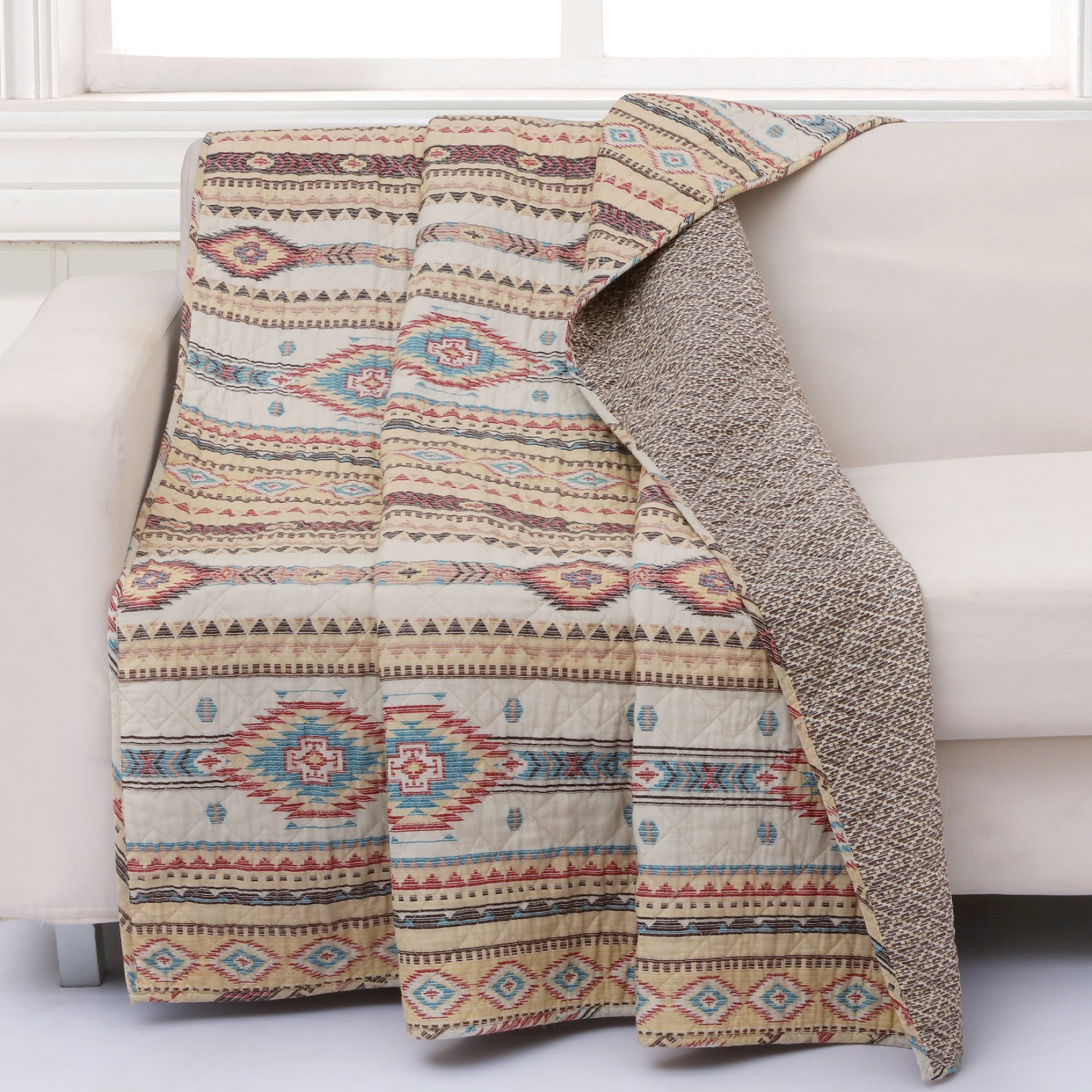Barefoot Bungalow Phoenix Quilted Throw Blanket, TAN