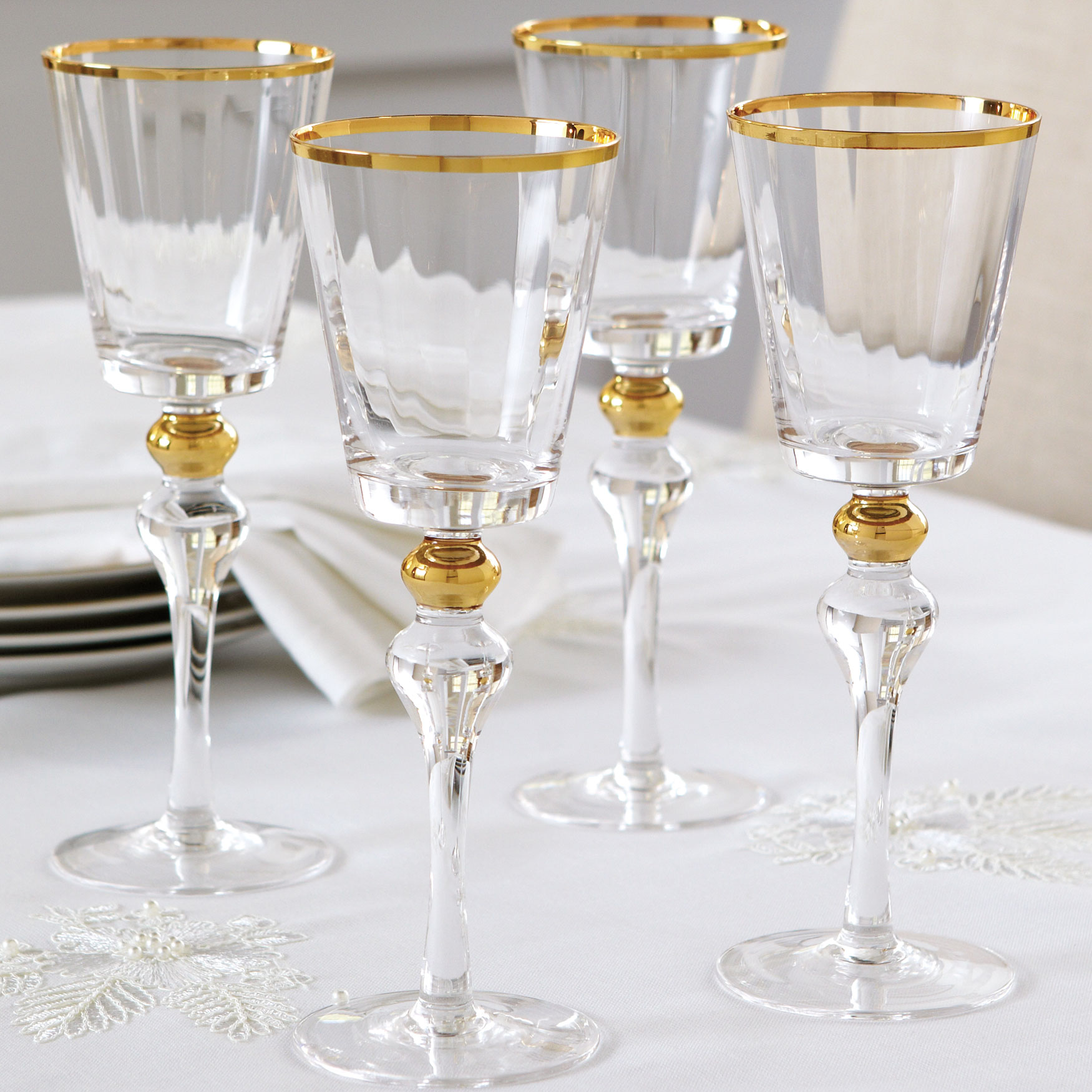 Gold Rim Wine Glasses, Set of 4, GOLD