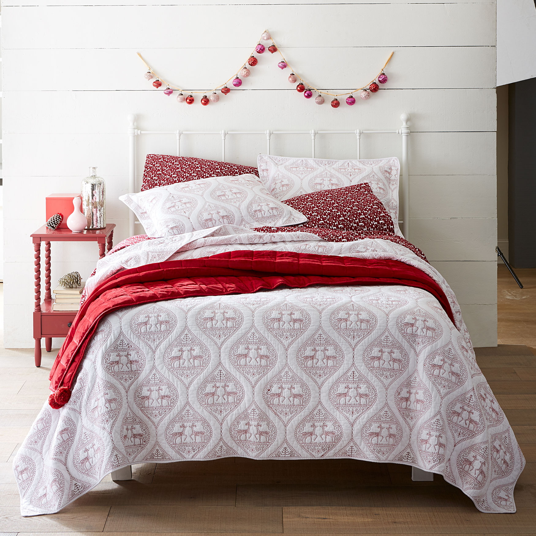 Embroidered Reindeer Christmas Quilt,