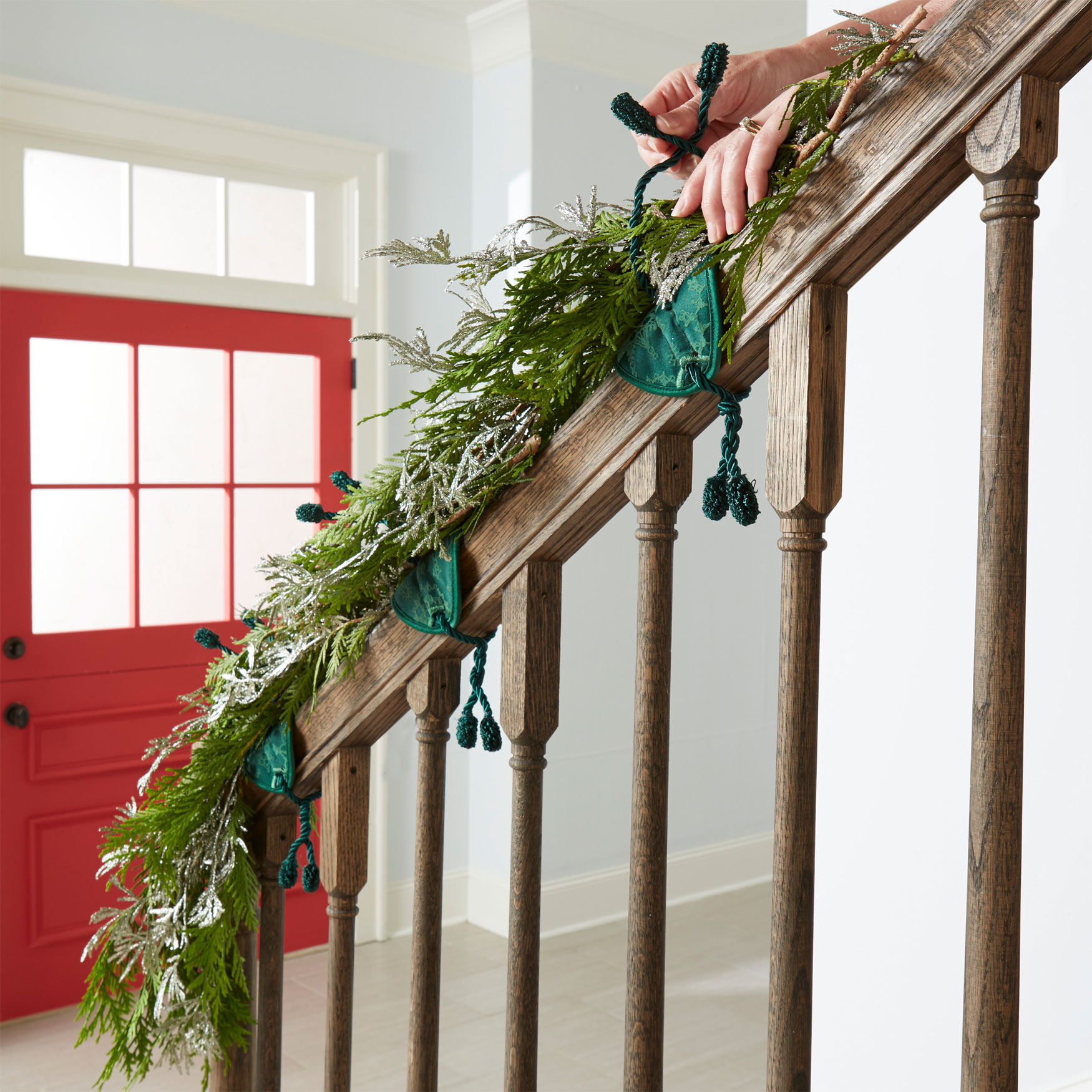 Banister Garland Ties, Set of 3, GREEN