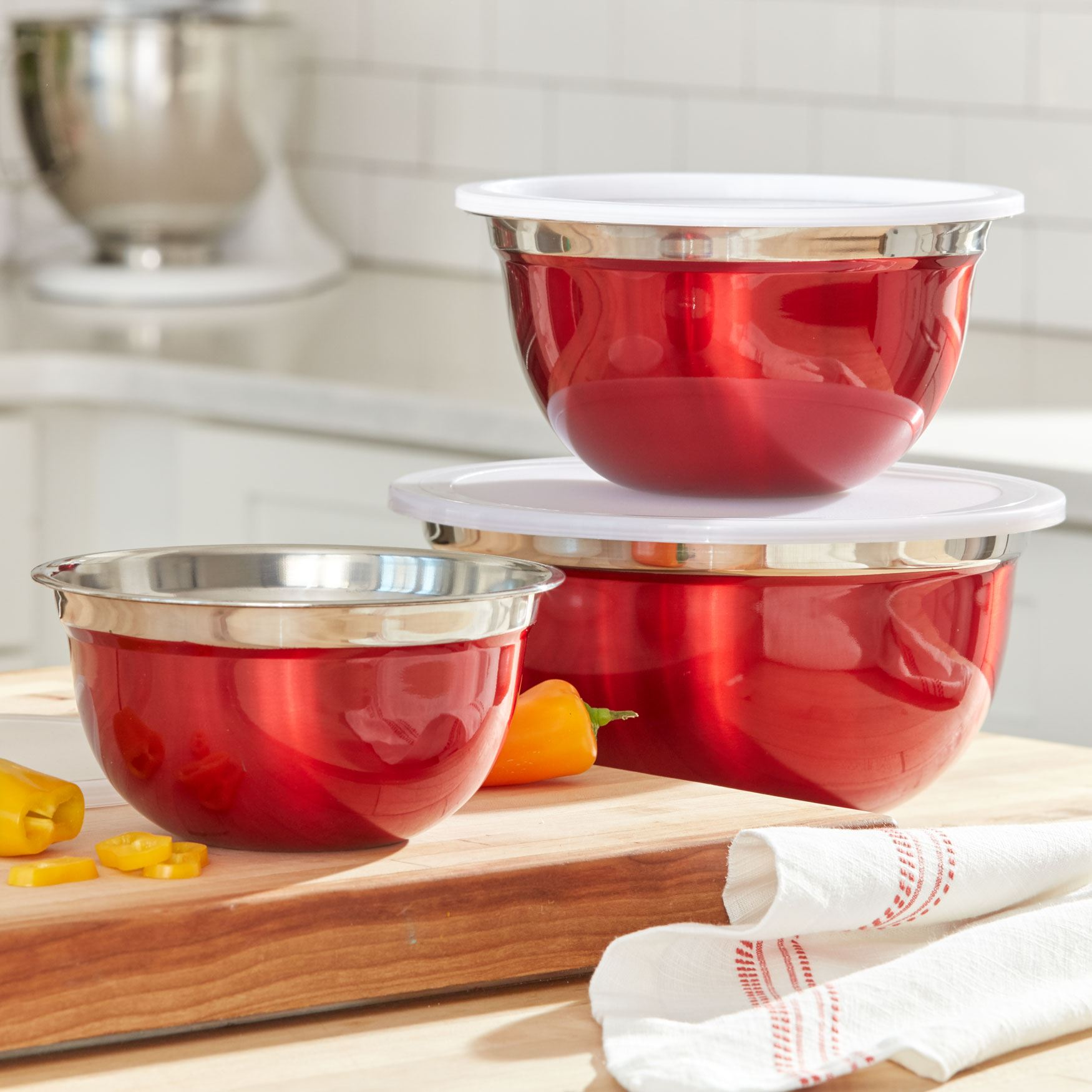 6-Pc. Red Mixing Bowls Set with Lids, RED