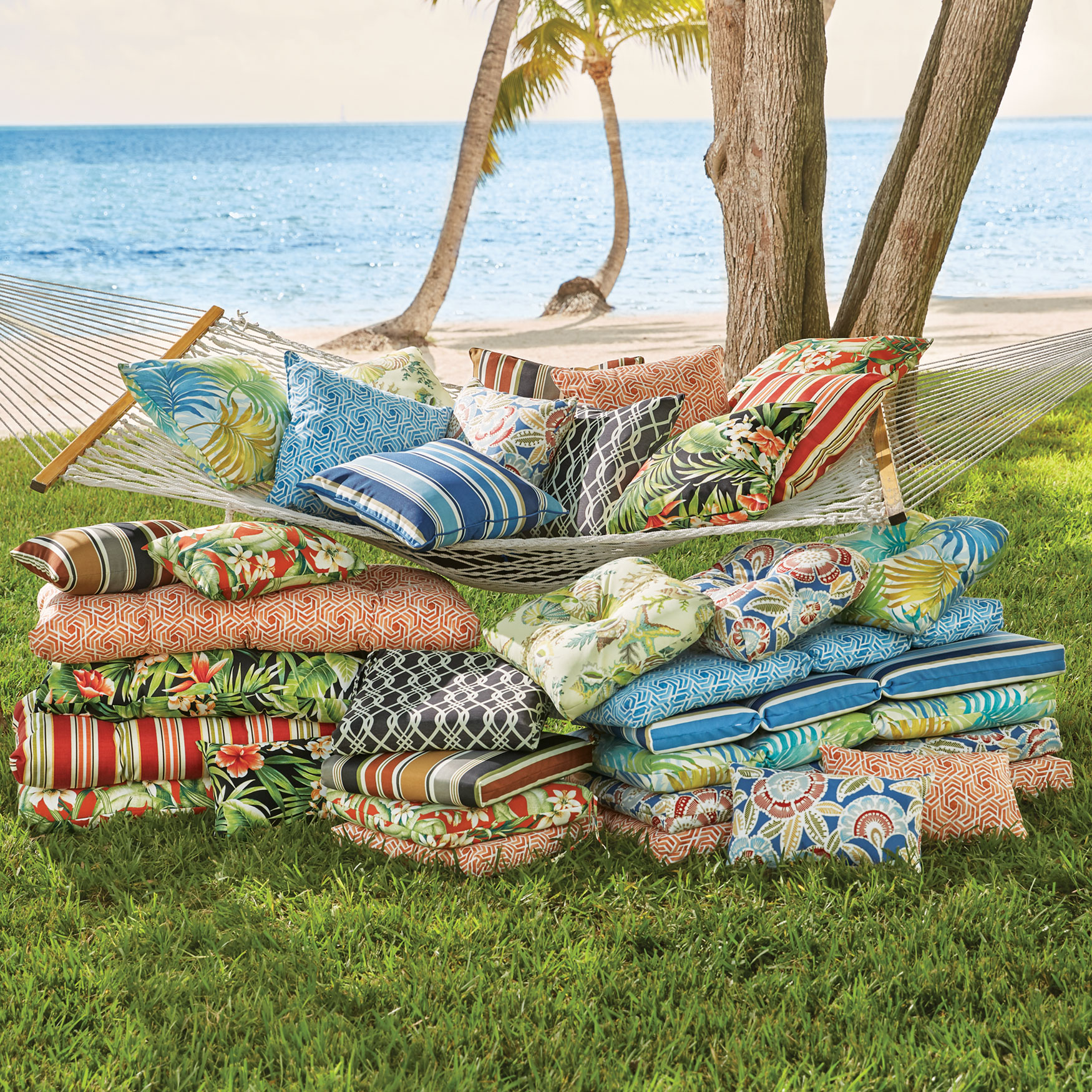 Siesta Collection Replacement Cushions & Pillows,