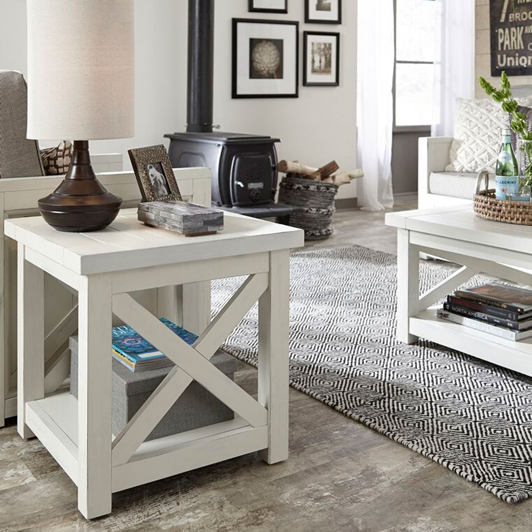 Seaside Lodge End Table, WHITE
