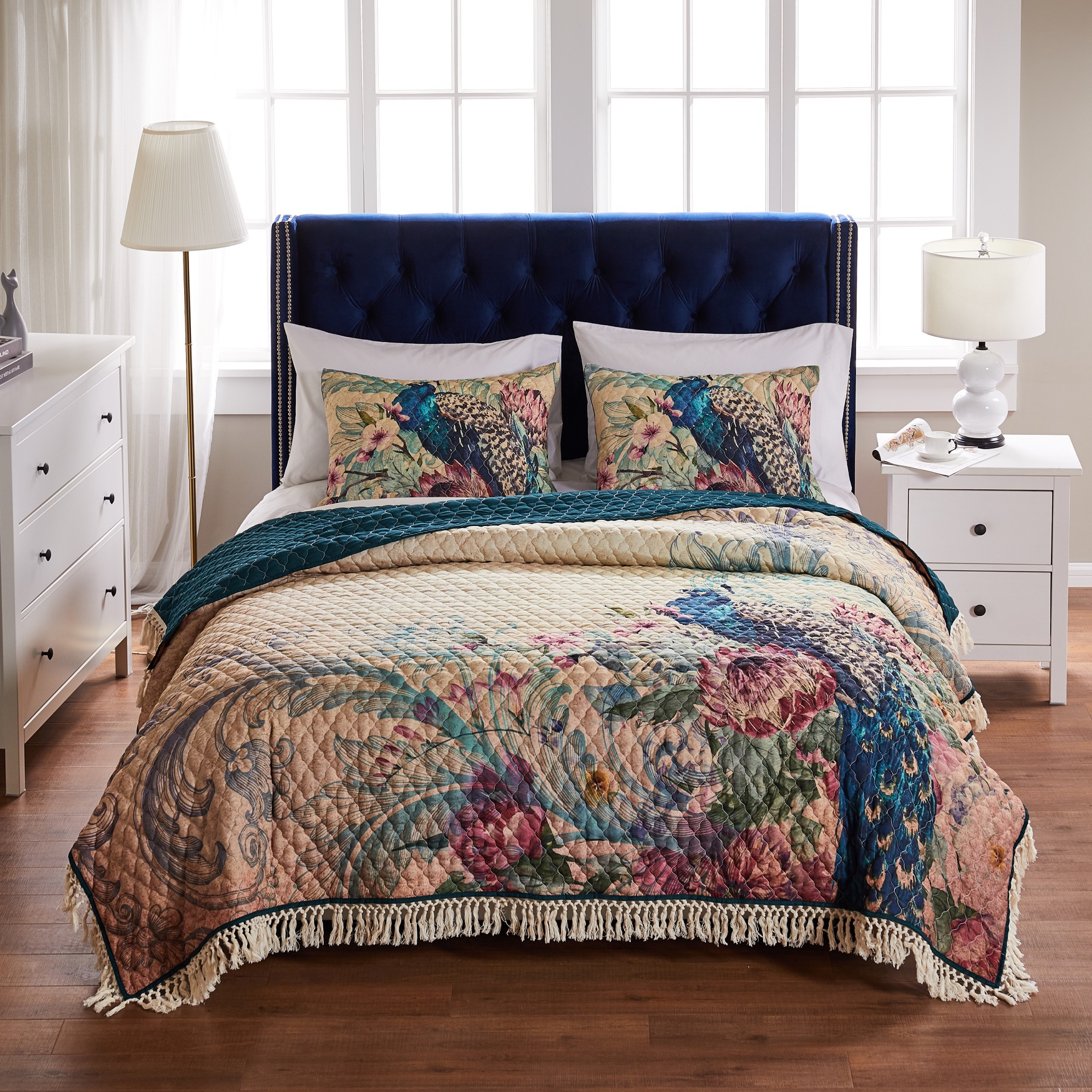 Barefoot Bungalow Eden Peacock Quilt and Pillow Sham Set,