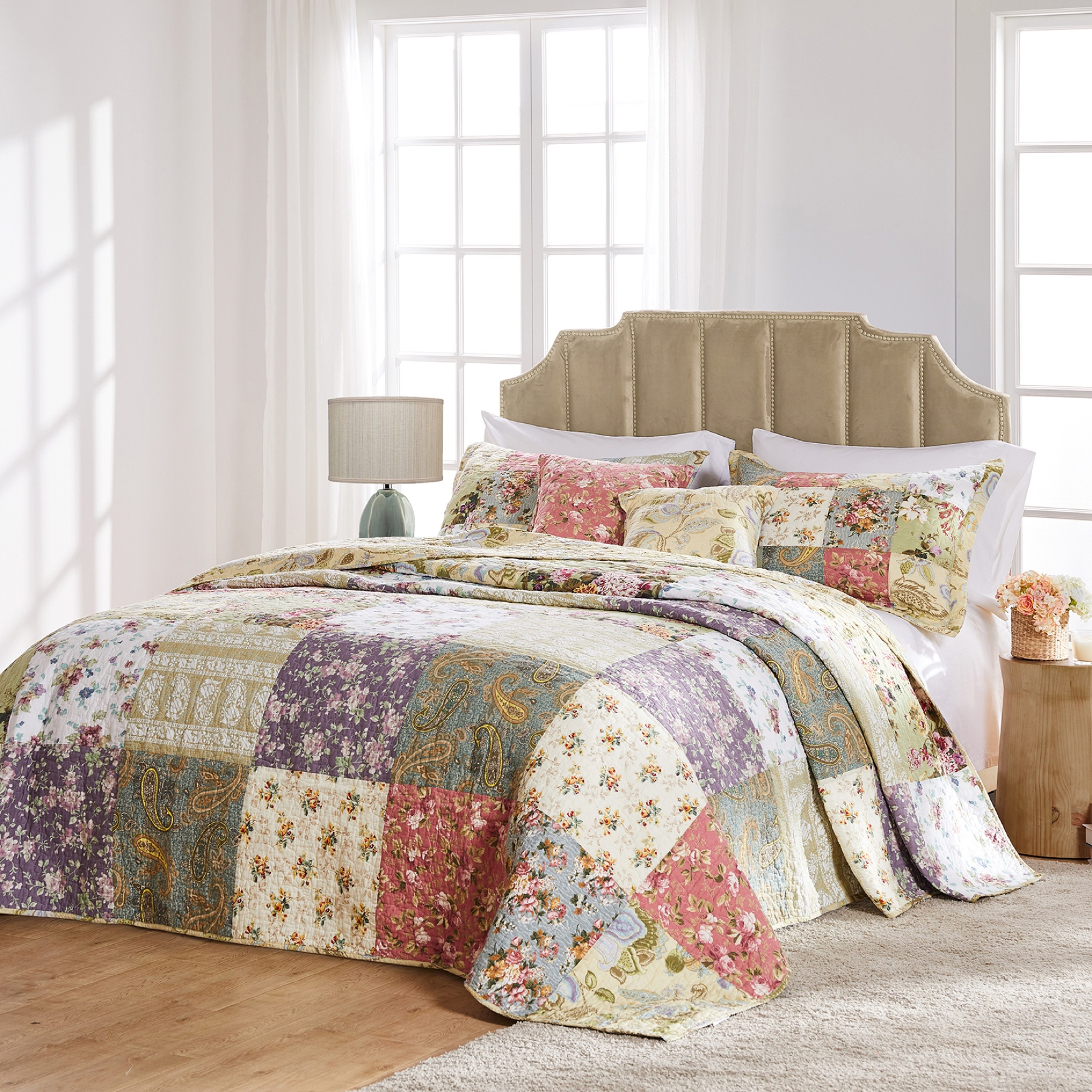Blooming Prairie Bedspread Set by Greenland Home Fashions,