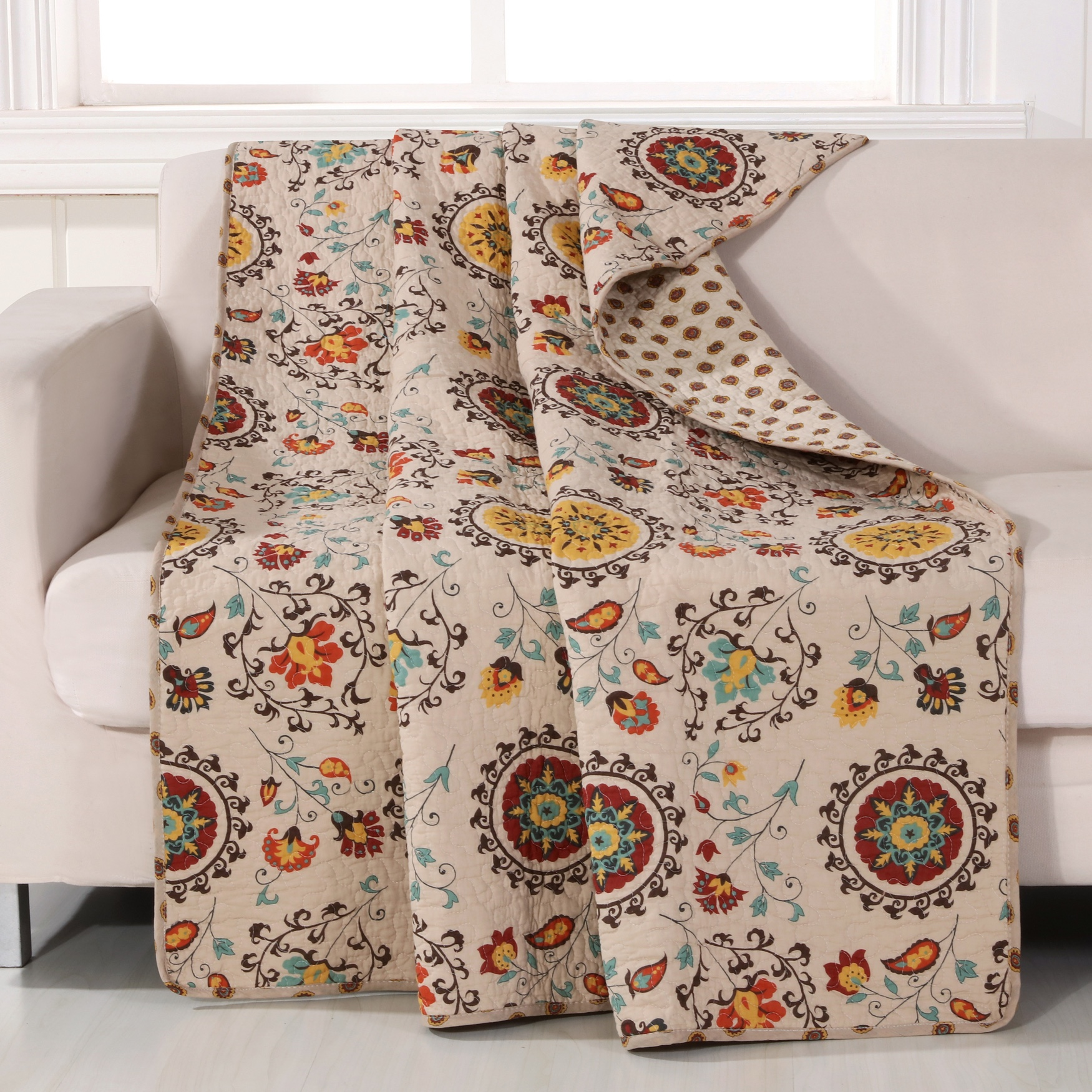 Greenland Home Fashions Andorra Quilted Throw Blanket