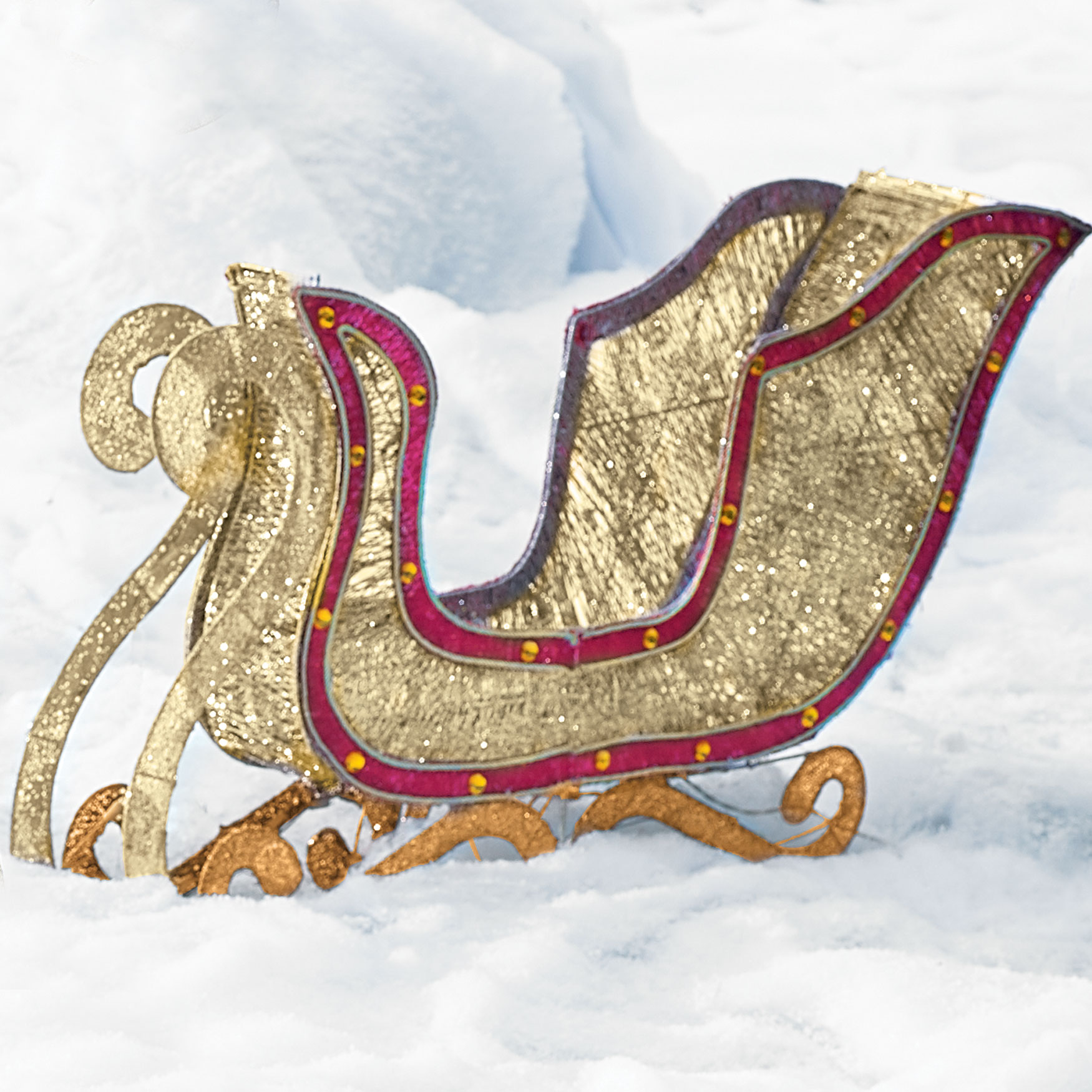Crystal Splendor Sleigh, GOLD RED