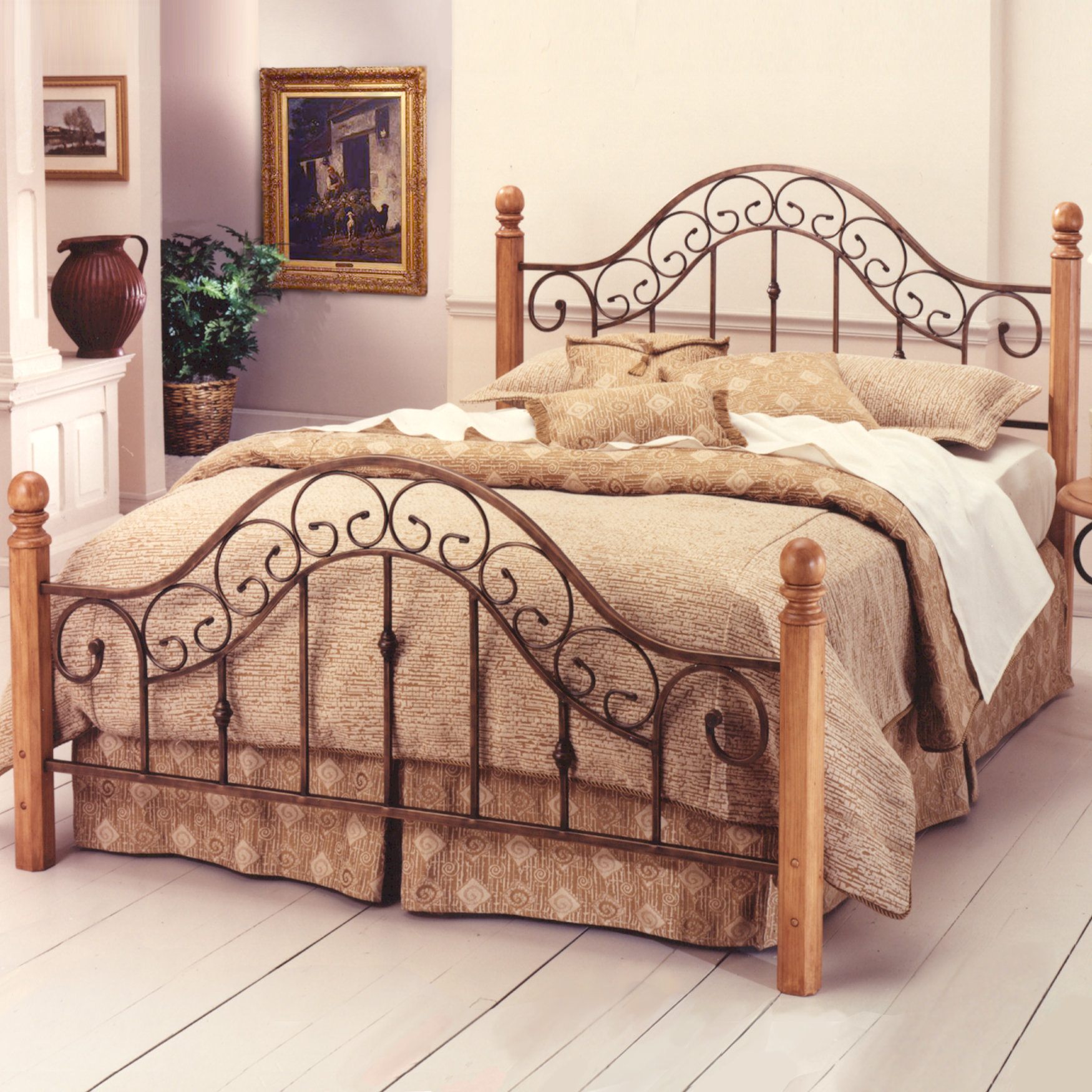 Queen Bed with Bed Frame, 83½'Lx62½'Wx52¼'H, BROWN COPPER