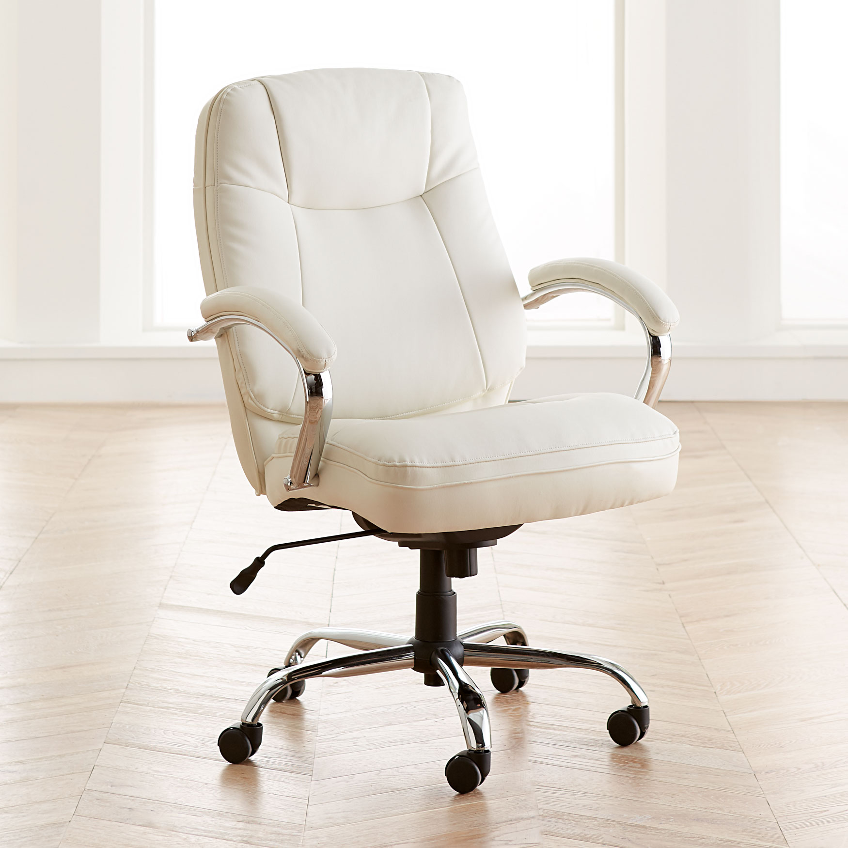Extra Wide Woman's Office Chair,