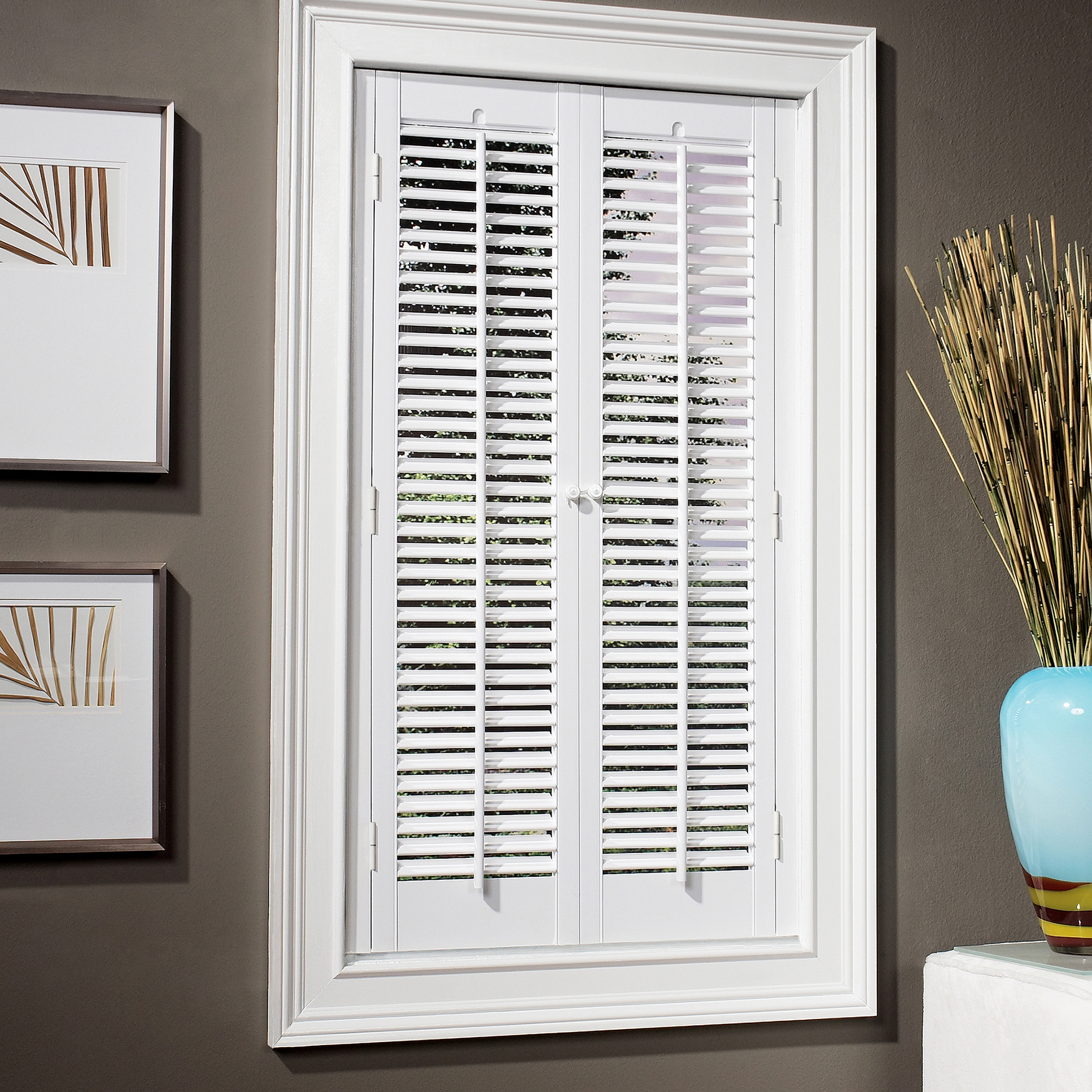 1¼' Traditional Faux Wood Interior Shutter,