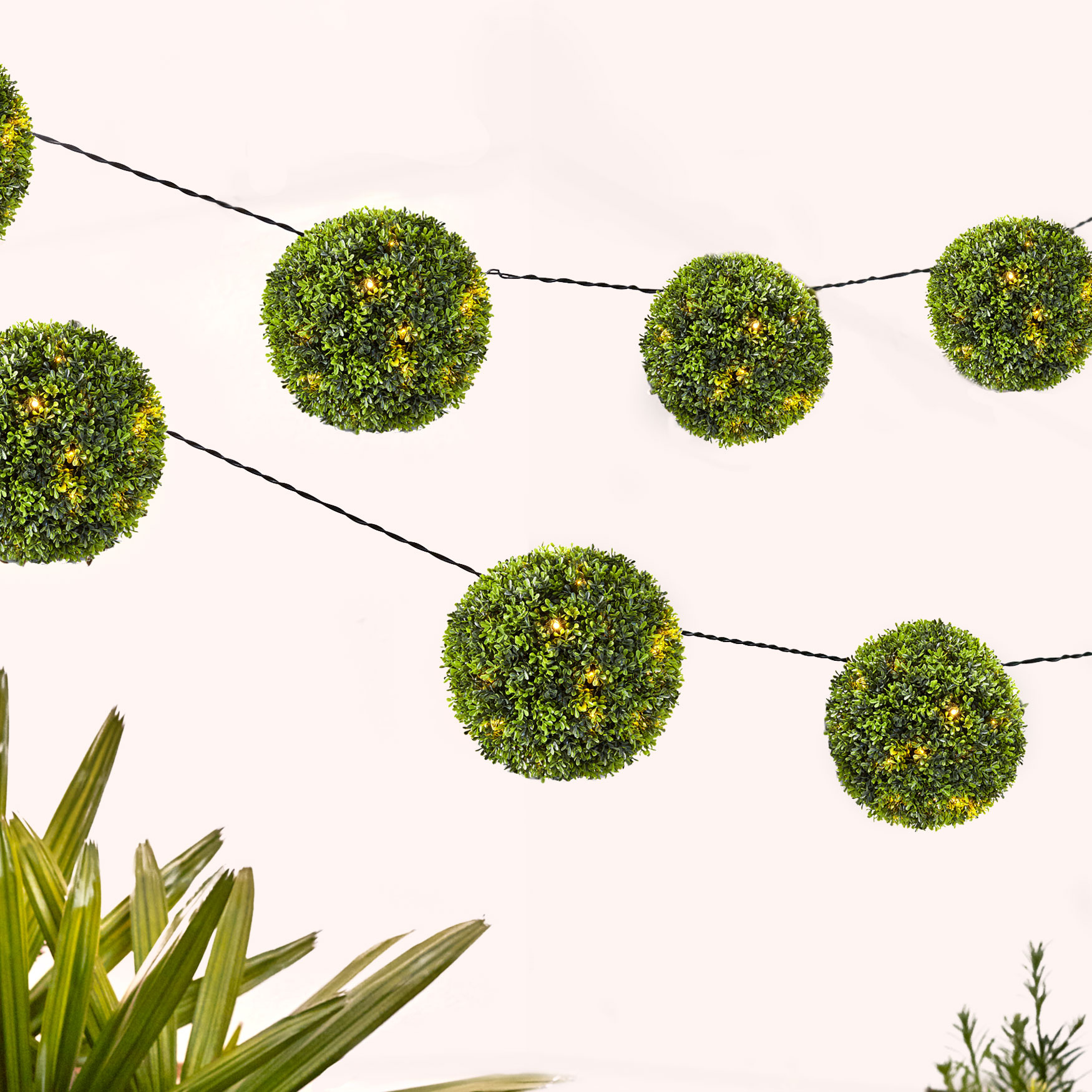 Ball Topiary String Lights, GREEN
