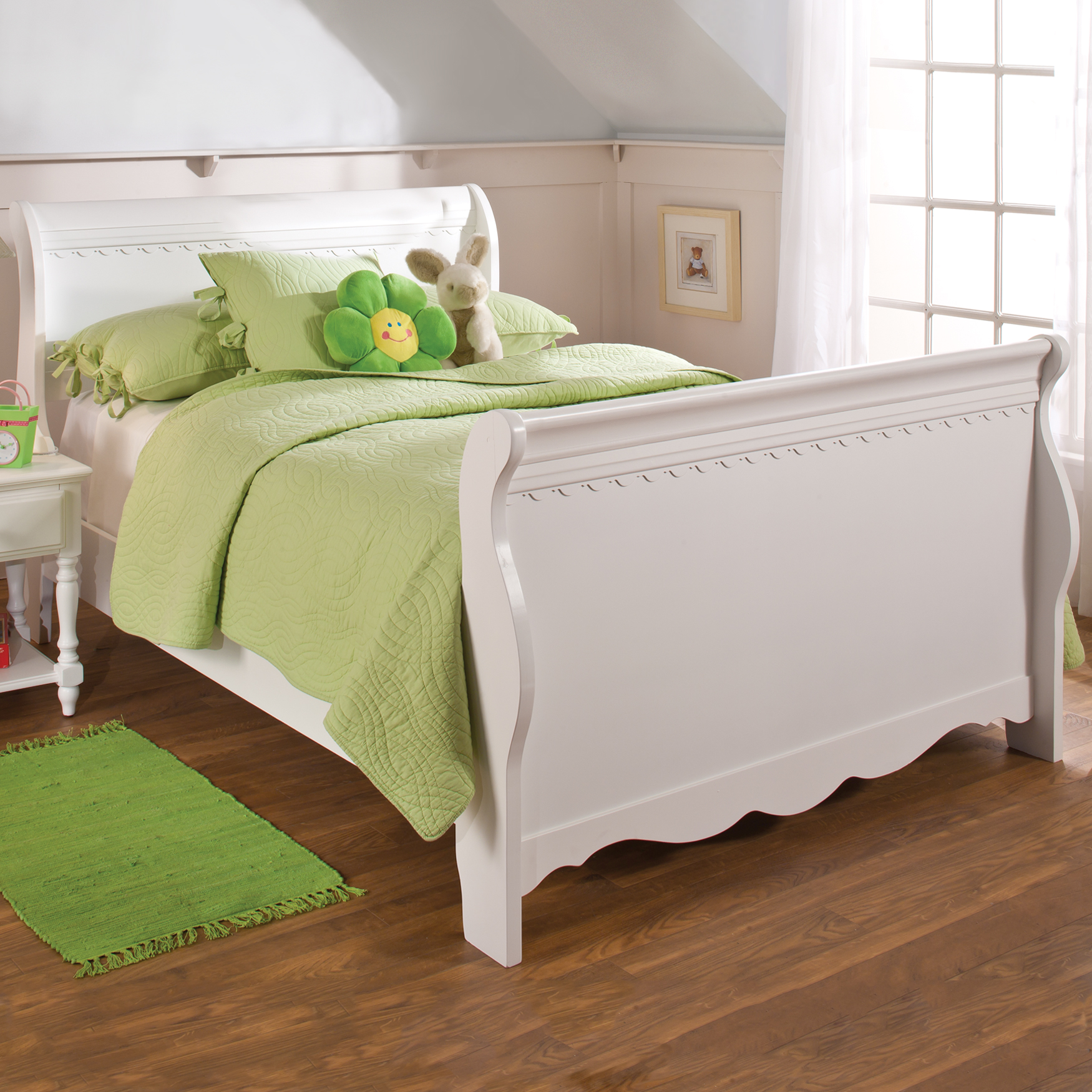 Full Bed Set with Side Rails, 85½'Lx57¼Wx44'H, WHITE