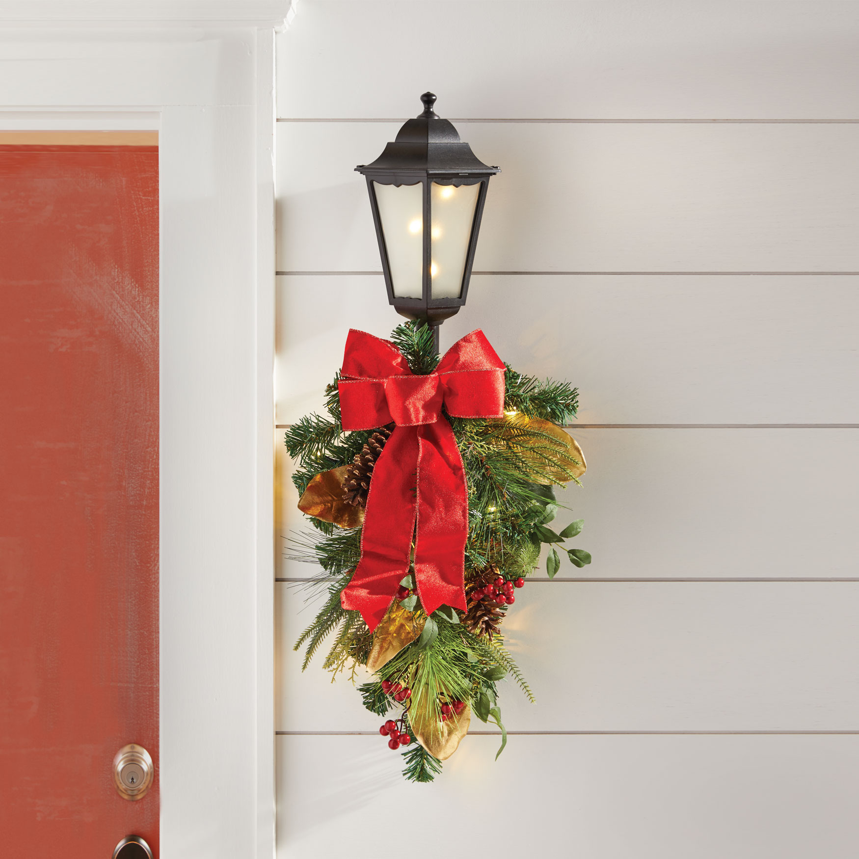 Winterberry Lantern with Swag, MULTI