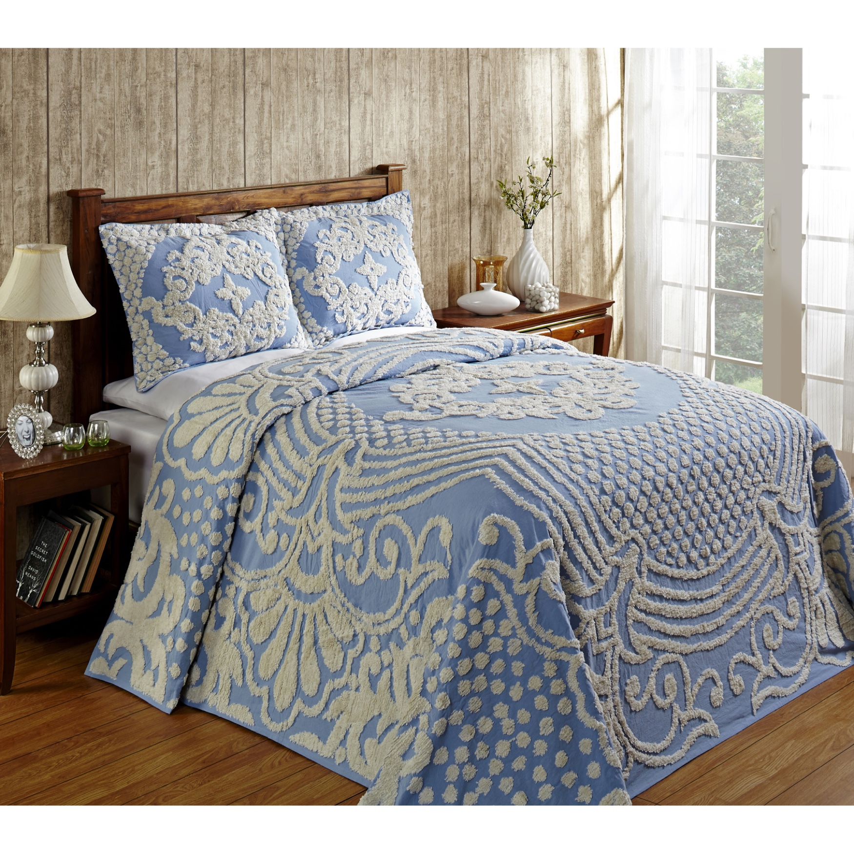 Florence Collection Tufted Chenille Bedspread by Better Trends,