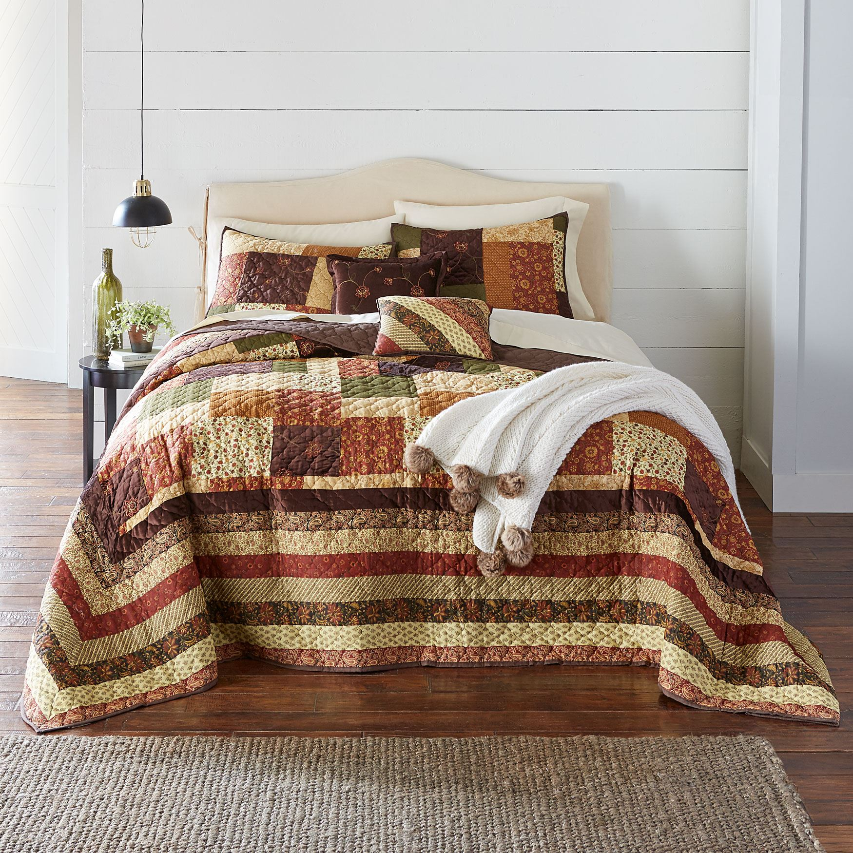 Salem Bedspread Collection,