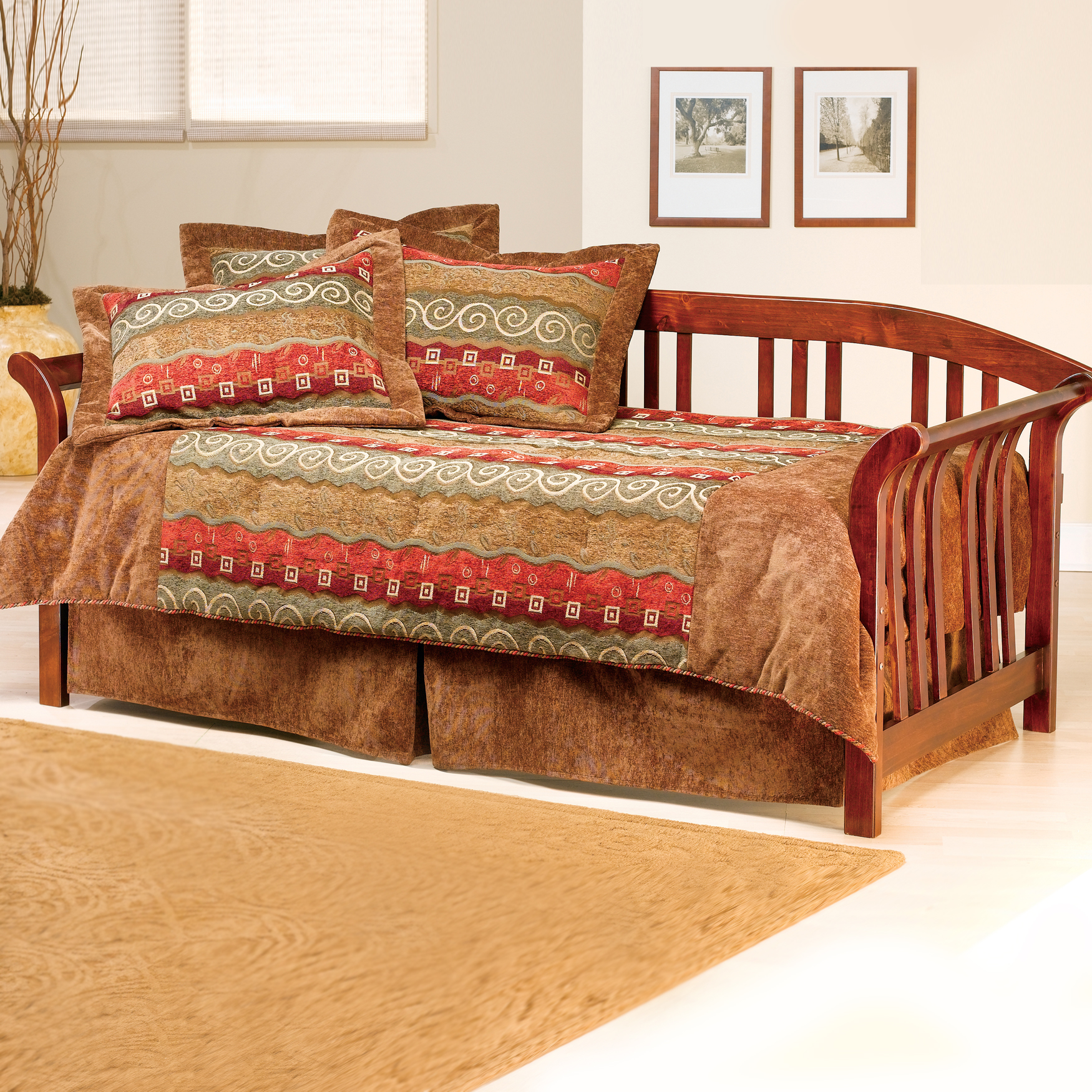 Dorchester Daybed with Suspension Deck and Roll Out Trundle, BROWN CHERRY