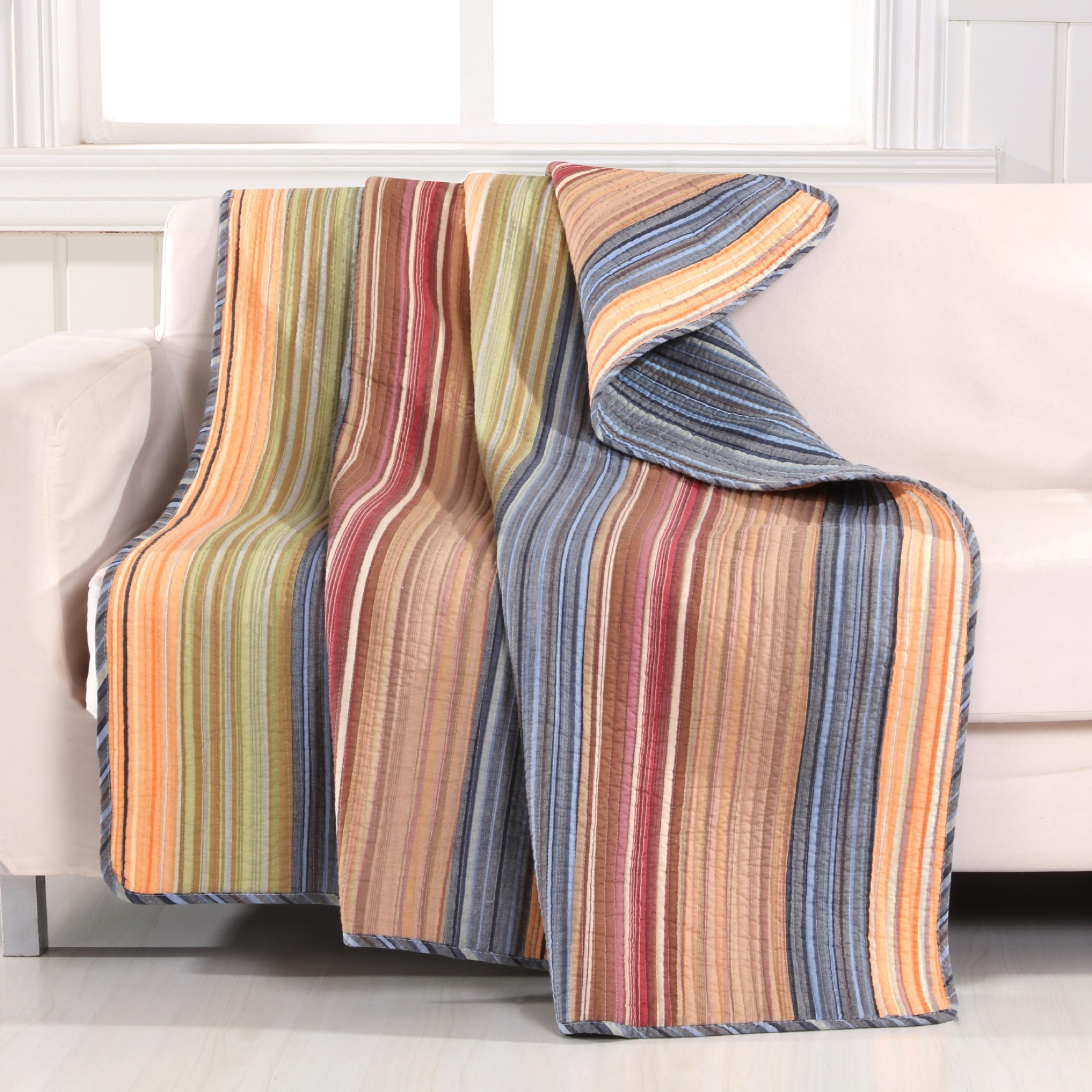 Greenland Home Fashions Katy Quilted Throw Blanket, MULTI