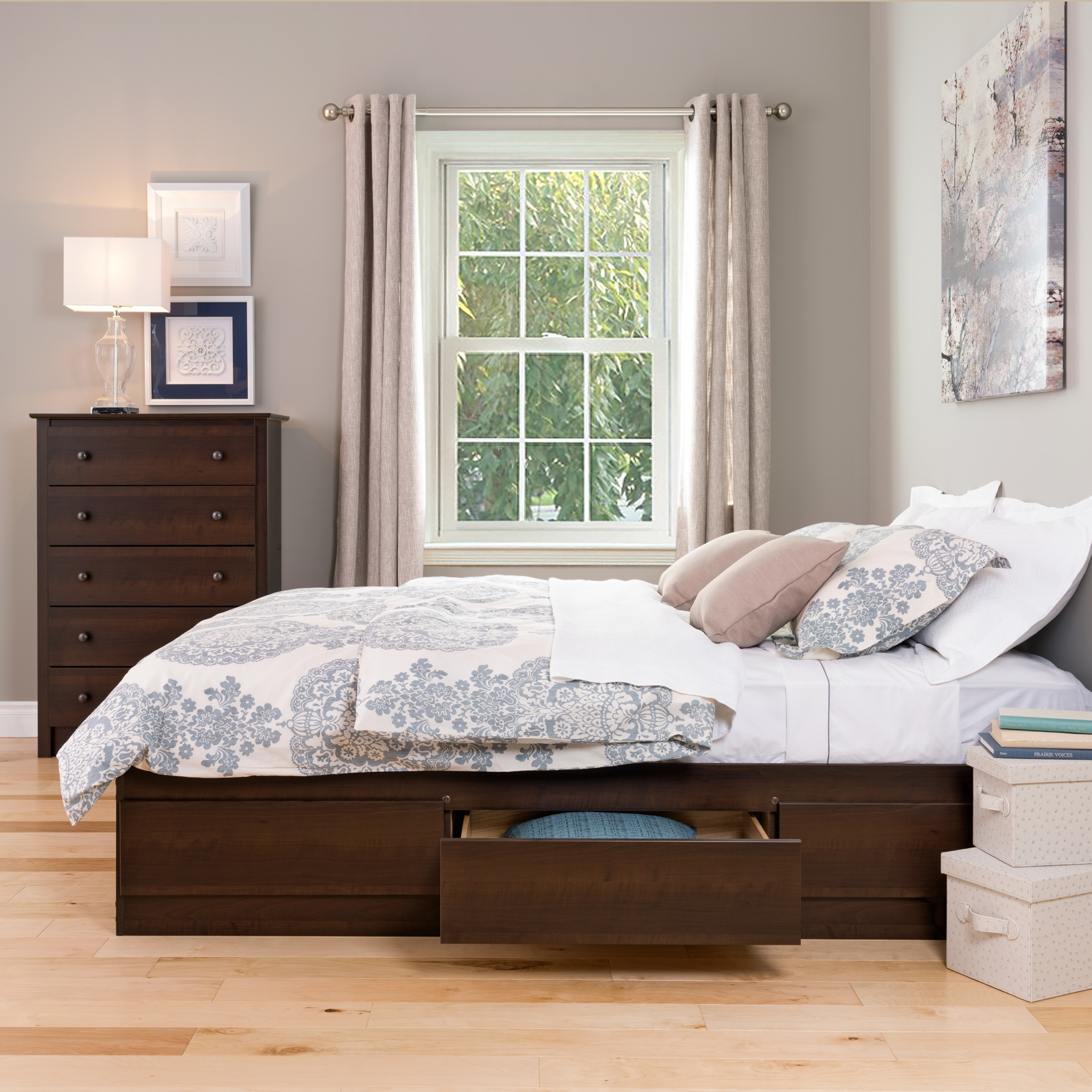 Coal Harbor Queen Mate's Platform Storage Bed with 6 Drawers,